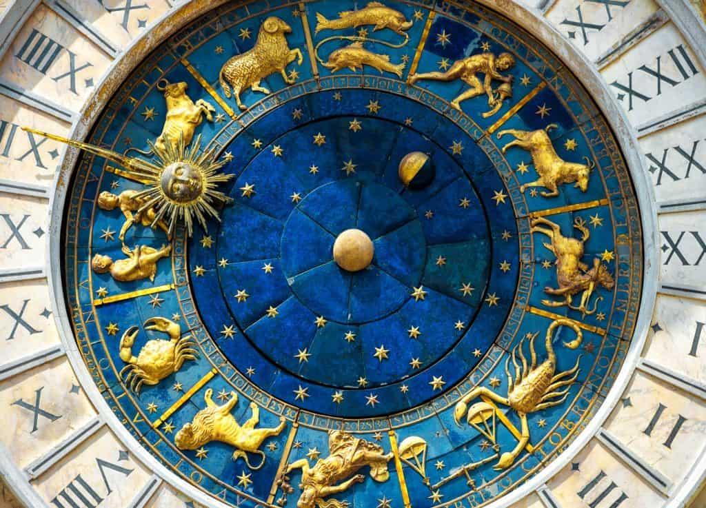 Astrološki centar
